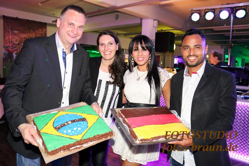 Oliver Strauss mit Freundin Steffi,Antônio da Silva mit Freundin Tatiana